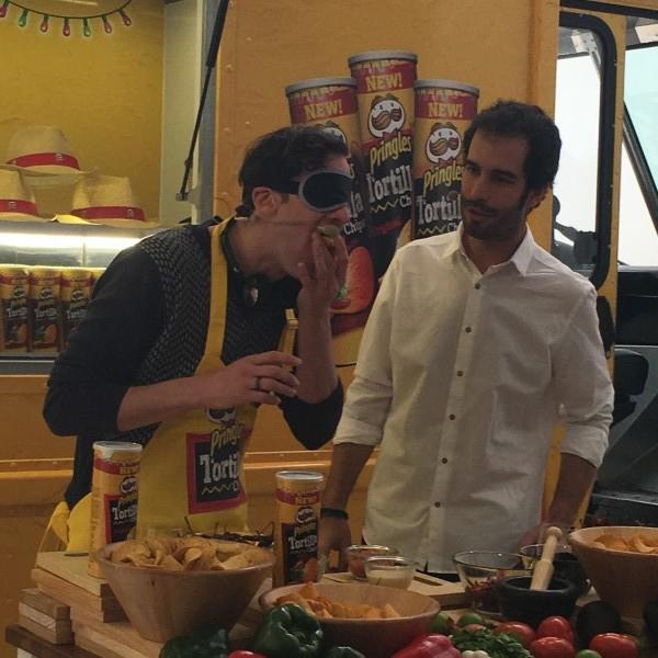 Edu Soto en la presentación de Pringles Tortilla
