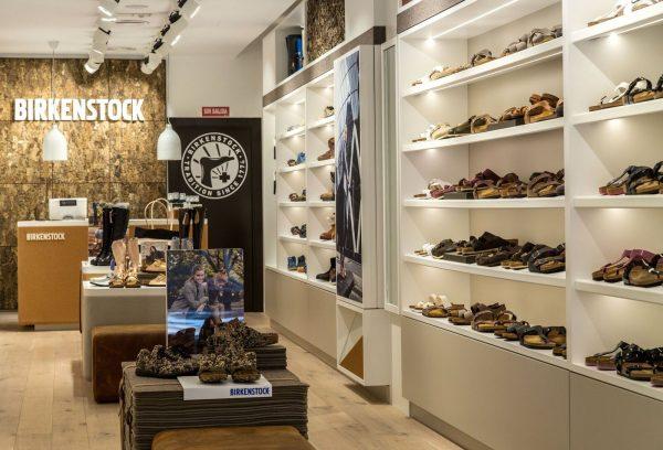 Tienda Birkenstock en la Calle Fuencarral 25, Madrid