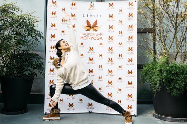 Presentación nueva disciplina del yoga en California Hot Yoga
