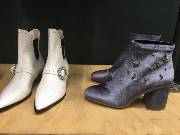 Botines blancos y grises de la colección Otoño - Invierno de Stradivarius 17