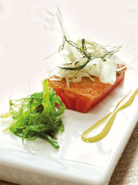 salmón-con-salsa-de-hinojo