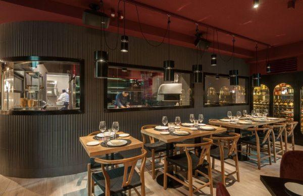 Comedor-del-restaurante-Roostiq-Madrid